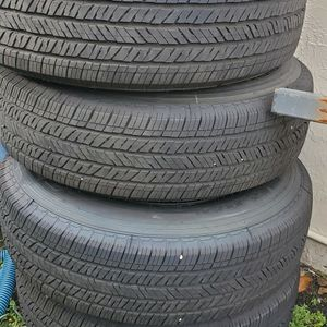 Jeep rims and tires for Sale in Fort Lauderdale, FL
