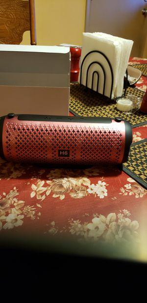 H6wireless speaker portable for Sale in Fresno, CA