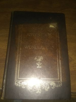 Vintage Alice and Wonderland Book for Sale in Silsbee, TX