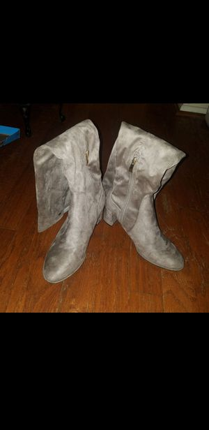 Liz Claiborne thigh high boots size 8 for Sale in TEMPLE TERR, FL