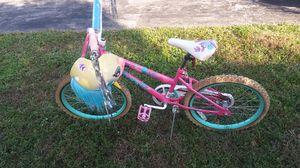 Huffy girl bike for Sale in Miami Gardens, FL