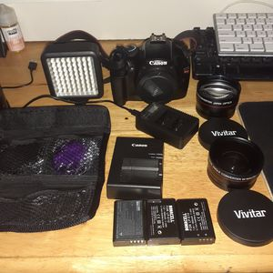 Canon Rebel T3 complete with 4 lens and 7 uv for Sale in New York, NY