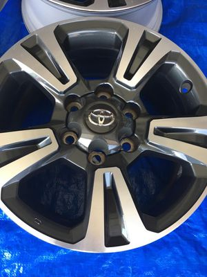 """Toyota Tacoma trd sport rims size 17"""" for Sale in Mission Viejo, CA"""