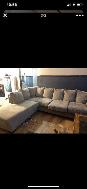 Free couches sectional for Sale in Los Angeles, CA