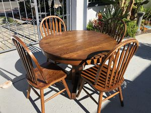Dining Room Table. Antique Oak. for Sale in San Diego, CA