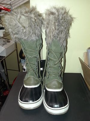 Sorel Joan of arctic boots for Sale in Binghamton, NY