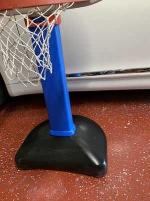 Little Tykes basketball for Sale in Pearland, TX
