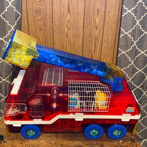 Tiny Tales Fire truck For Hamster XL lights Up , & I Have Bedding For It Still And Food Also Have A Dwarf Hamster If Interested Lmk! for Sale in Oklahoma City, OK
