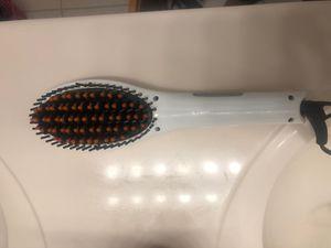 Hair Straightening Brush for Sale in Kissimmee, FL
