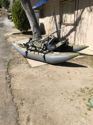 One man pontoon used once for Sale in Sanger, CA