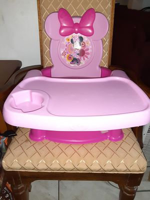 Disney booster seat with tray for Sale in Alafaya, FL