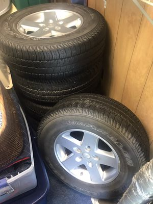 Jeep Wrangler JK wheels and tires for Sale in Holiday, FL