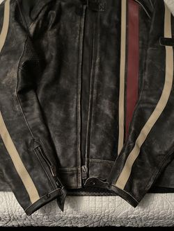 Triumph Raven II Motorcycle Leather Jacket for Sale in Rancho Cucamonga,  CA