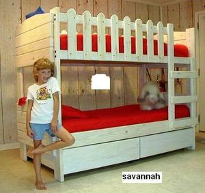 Picket fence bunk bed just for girls for Sale in East Stroudsburg, PA