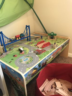 Train table for Sale in Des Moines, WA