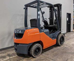 Forklift Toyota for Sale in Worcester,  MA