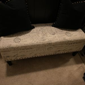 Gray and cream bench for Sale in Frisco, TX