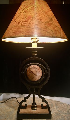 Beautiful iron art desk lamp H30xW9/16xD4.5/16 inch Lbs 7.5 for Sale in Chandler, AZ