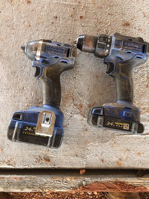2 drills kobalt with charger for Sale in Arkoma, OK