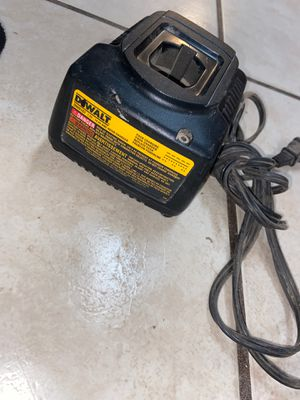 Dewalt 5.7 V-14.v 1 hour charger for Sale in Glendale, AZ
