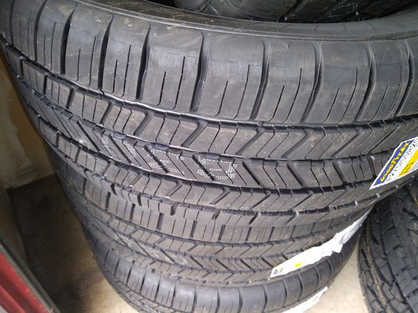 Brand new 275/55/20 in Goodyear tires