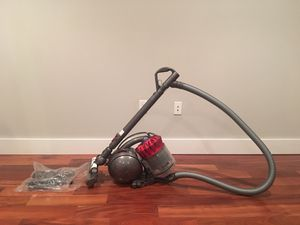 Stain DC39 Ball Canister Vacuum for Sale in Philadelphia, PA