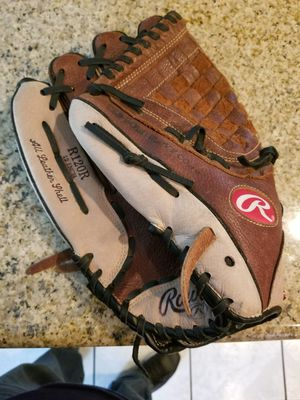 "12"" left lefty baseball softball glove broken in for Sale in Downey, CA"