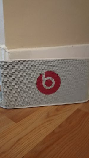 Beats by Dre beatbox portable for Sale in Pittsburg, KS