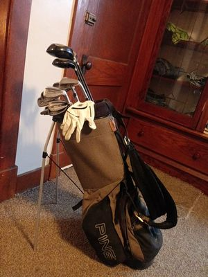 Golf clubs-Affinity Gtx for Sale in Cleveland, OH