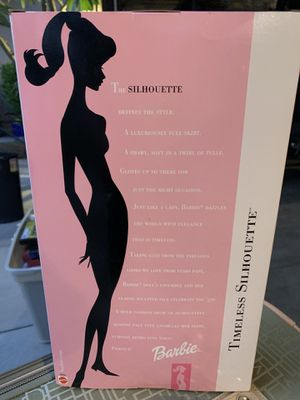 2000 Vintage Barbie Timeless Silhouette Brand new!! for Sale in Fontana, CA