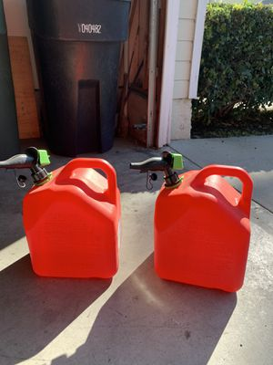 2 Five Gallon Gas Cans - used only once for Sale in Yorba Linda, CA