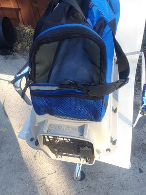 Small travel Blue Kennel & Small Kennel $25.00 ea1ch for Sale in Dallas, TX