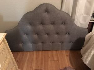 Full headboard for Sale in Haines City, FL