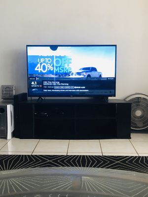 55 inch TCL 4K smart HD TV with Stand for Sale in North Miami Beach, FL