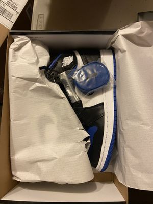 Brand new air Jordan 1 royal gs size 5.5 (on hold for someone, will be live again if he miss tomorrow) for Sale in San Ramon, CA