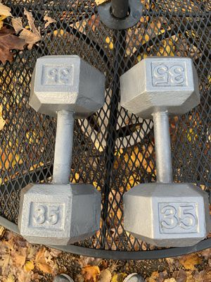 Pair of 35 lbs Hex Dumbbells for Sale in Elk Grove Village, IL