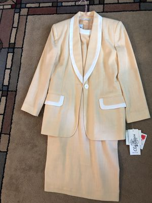 Oleg Cassini women's dress and jacket for Sale in Lake Zurich, IL