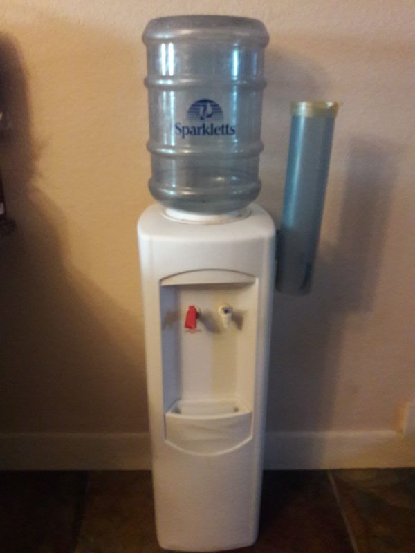 318f1095e7 Vintage Sparkletts Water Cooler for Sale in Rockwall, TX - OfferUp