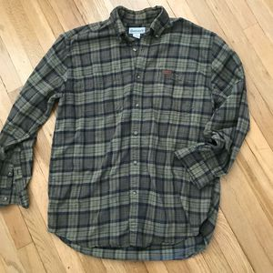 Carhartt long-sleeve button-up men's medium for Sale in Spokane, WA