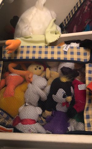 STUFFED ANIMAL BUNDLE for Sale in Chicago, IL