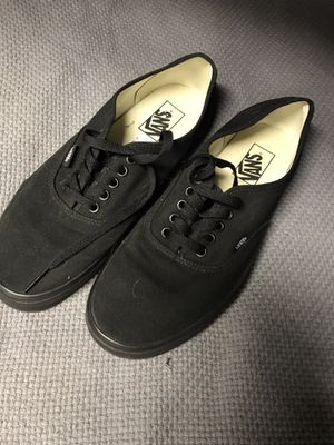 New men's size 9.5 Vans skate shoes for Sale in Colorado Springs, CO