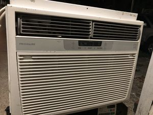15,000 BTU Air conditioner with sleeve for Sale in Staten Island, NY