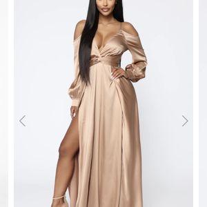 Evening Dress Fashion Nova SMALL for Sale in Phoenix, AZ