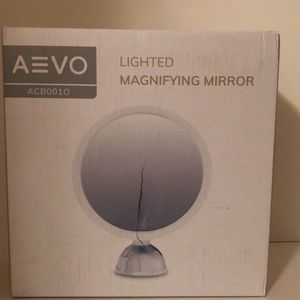 AEVO 10X Magnifying Makeup Mirror with Lights, 30-LED Vanity Mirror [HD Reflection] [3 Light Modes] [Stepless Dimming] [360-Degree Rotation] [Easy Ins for Sale in Brooklyn, NY