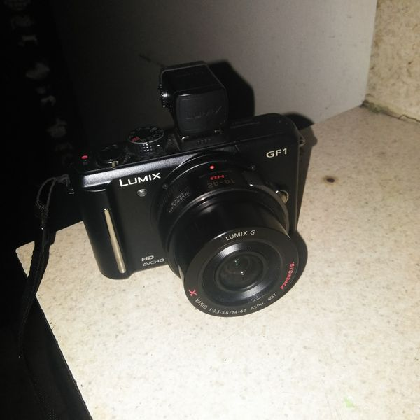 Lumix G1 Camera