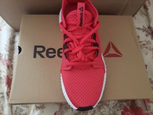 WOMEN'S SHOES SNEAKERS REEBOK FLEXAGON 2.0 size 7.5 for Sale in Round Lake Heights, IL