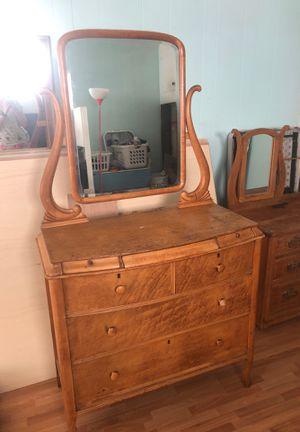 Antique Bird's Eye Maple Dresser for Sale in Crestline, CA