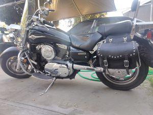 Kawasaki 1600cc motorcycle for Sale in Fresno, CA