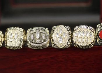NFL San Francisco Championship Ring set 1981 1984 1988 1989 1994 2012 for Sale in Bakersfield,  CA