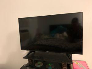 Magnavox 40 inch tv for Sale in Pawtucket, RI